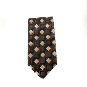 Croft and Barrow men's silk tie geometric design